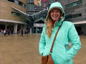 Bianca in front of Te Papa