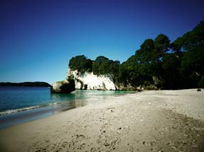 Strand Cathedral Cove